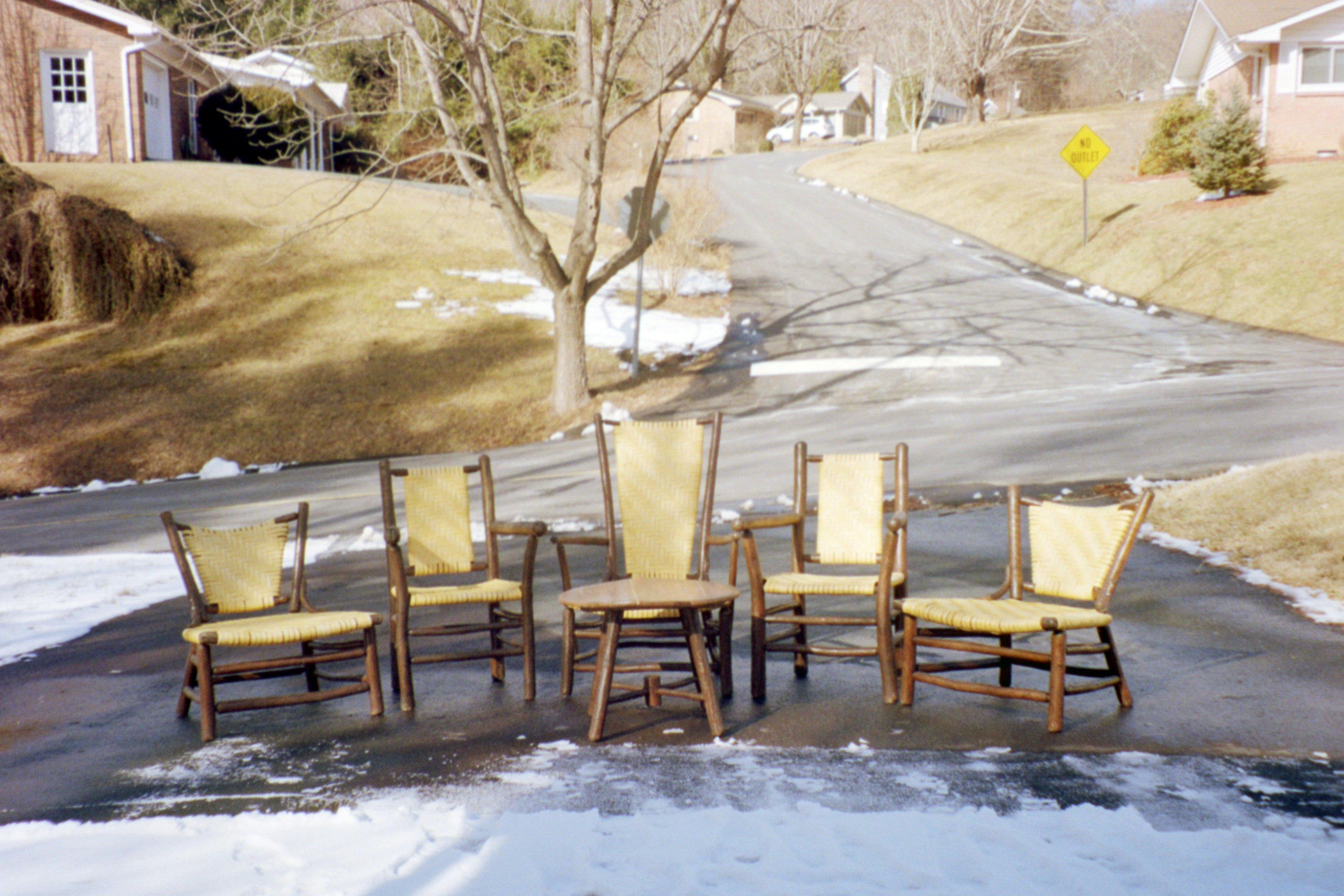 6 chairs longing to be restored to their uniform